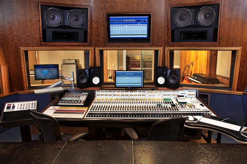 One-Vision-Productions-Studio-Hire